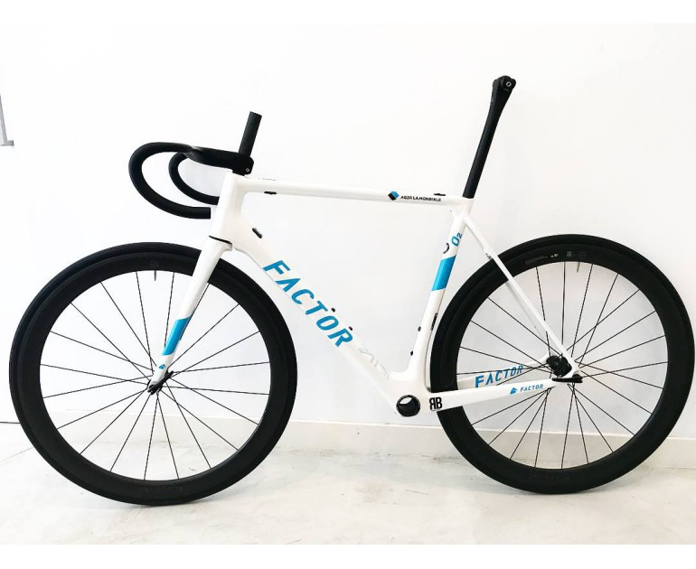 Sườn Factor O2 Romain Bardet White Limited frameset